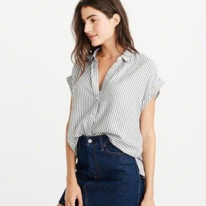 Abercrombie & Fitch Tie Front Button Down Shirt
